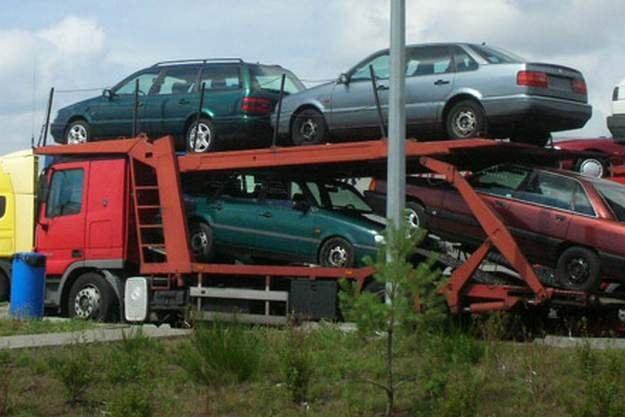 Stare samochody wyeliminować jest łatwo /INTERIA.PL