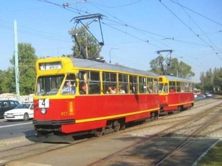 Stare warszawskie tramwaje, tzw. parówki /RMF