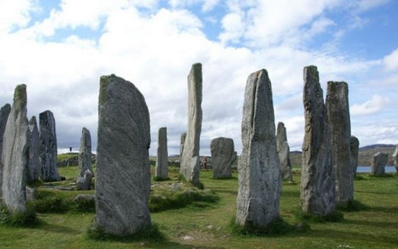 Starożytne megality. Fot. visitouterhebrides.co.uk /materiały prasowe