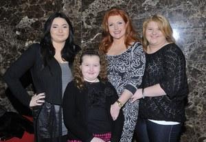 Starsze córki Marty, Weronika i Viktoria, marzą o karierze w tańcu i modelingu /    /MWMedia