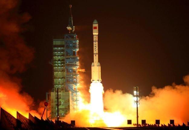 Start chińskiej rakiety Long March 2F /AFP