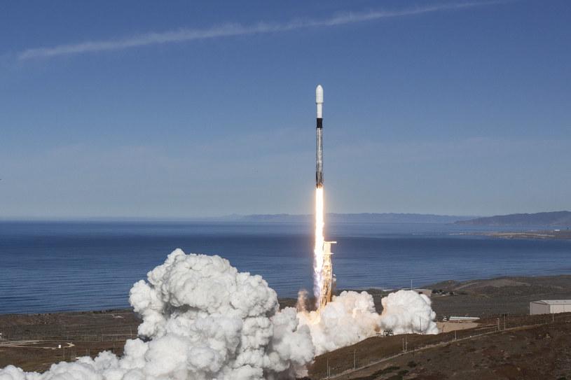 Start rakiety Falcon 9 z polskim satelitą na pokładzie /materiały prasowe