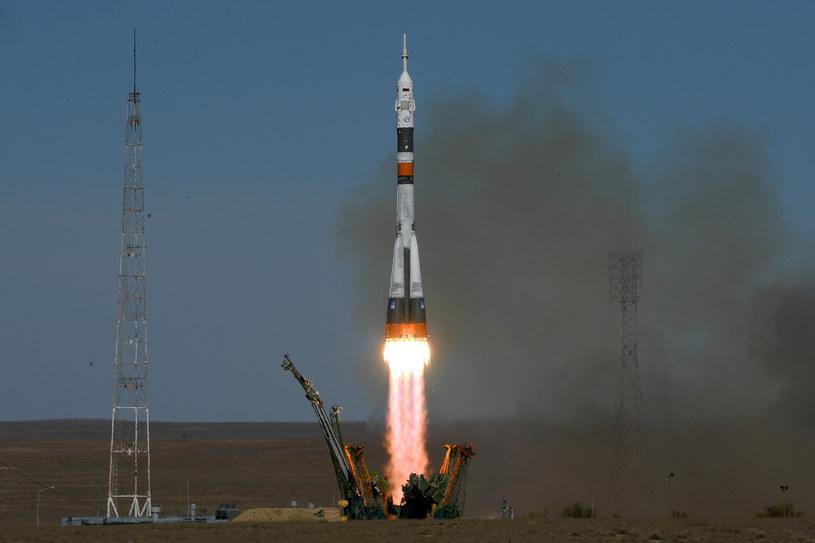 Start statku Sojuz MS-10 /AFP