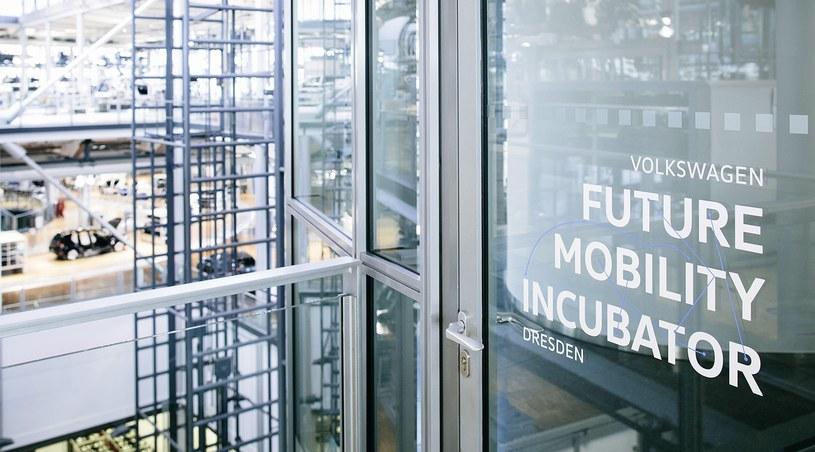 Start-upy będą pracować w Szklanej Manufakturze w Dreźnie /