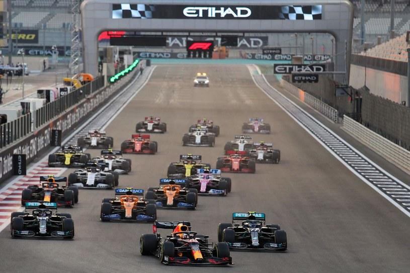 Start wyścigu Formuły 1 /AFP