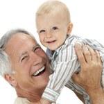 Stary człowiek i może. Jak zostać ojcem po sześćdziesiątce?