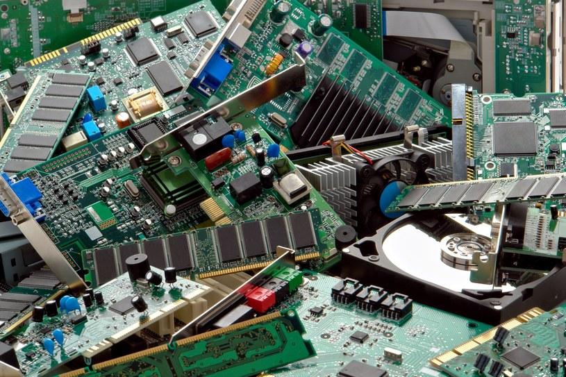Stary sprzęt warto naprawić lub znaleźć dla niego nowe zastosowanie /123RF/PICSEL