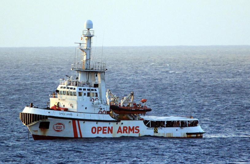 Statek Open Arms z migrantami na pokładzie; zdj. ilustracyjne /ELIO DESIDERIO /PAP/EPA