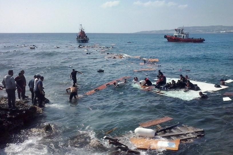 Statek z imigrantami  zatonął u wybrzeży greckiej wyspy Rodos na Morzu Egejskim. /PAP/EPA
