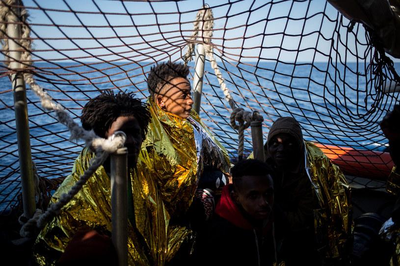 Statek z migrantami na Morzu Śródziemnym /Federico Scoppa /AFP