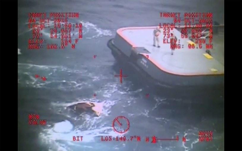 Statek zaginął w czwartek /PAP/EPA