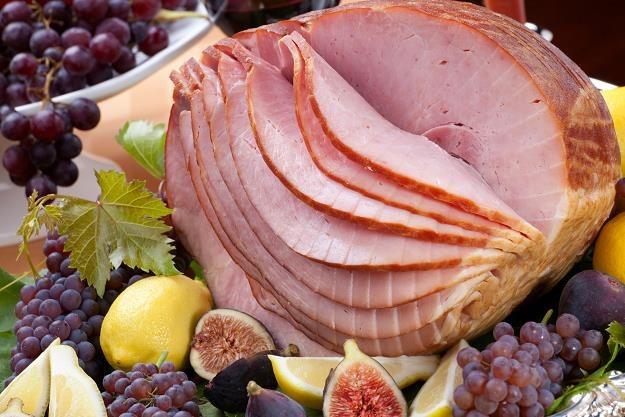 Statystyczny Polak zjada średnio nieco ponad dwa kilogramy wyrobów mięsnych miesięcznie /©123RF/PICSEL