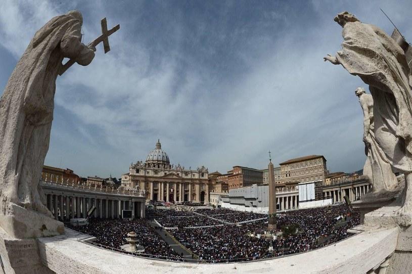 Statystyki za lata 2011-12 są pierwszym przypadkiem ujawnienia szczegółów dotyczących liczby księży, którzy zostali suspendowani. Wcześniej ujawniana była tylko liczba zgłoszonych Watykanowi przypadków /AFP
