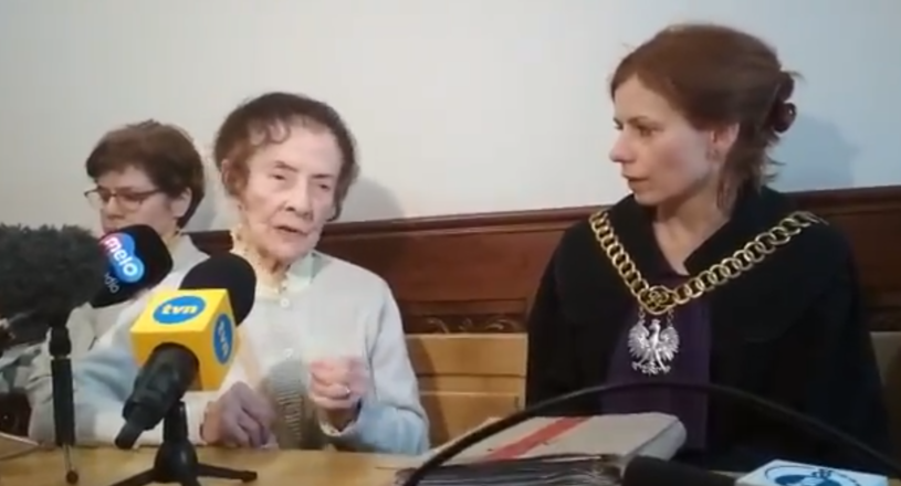 Stefania Chlebowska i sędzia Renata Żurowska /Twitter