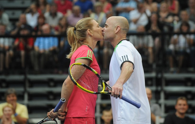 Steffi Graff z mężem Andre Agassim /AFP