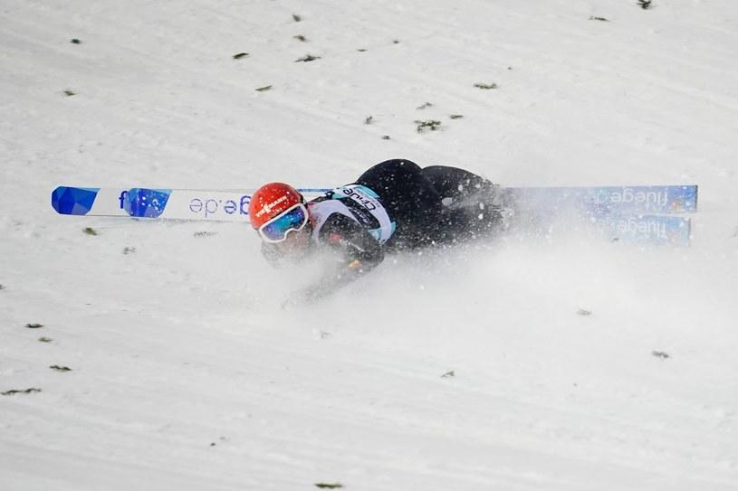 Stephan Leyhe upadł na skoczni w Trondheim /AFP