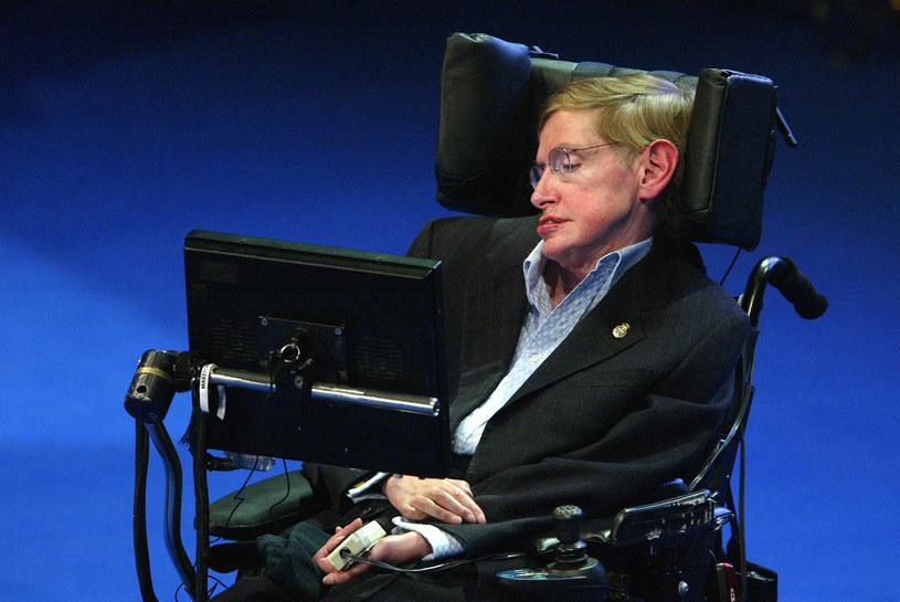 Stephen Hawking cierpiał na Stwardnienie zanikowe boczne od 21. roku życia /AFP