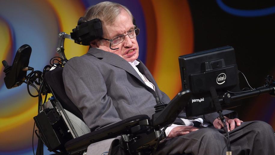 Stephen Hawking /Joe Giddens /PAP/PA