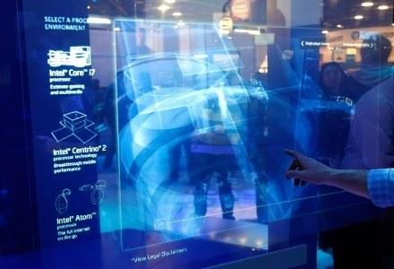 Sterowany dotykiem hologram zaprezentowany przez Intela na wystawie CES. Co spotka nas w 2009 roku? /AFP