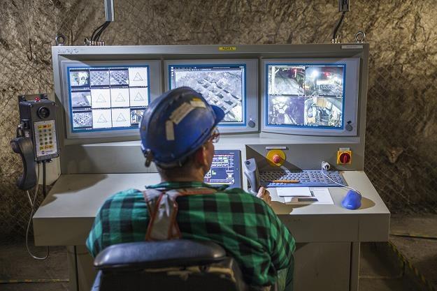 Sterownia w kopalni KGHM /Informacja prasowa