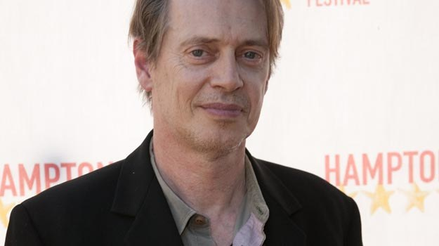 "Steve Buscemi wystąpił gościnnie w ""The Messenger"" Movermana - fot. Rick Odell /Getty Images/Flash Press Media"