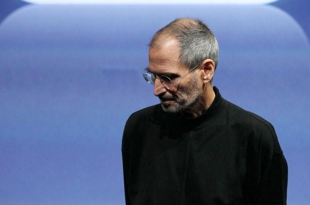 Steve Jobs doczeka się aż dwóch filmowych biografii /AFP
