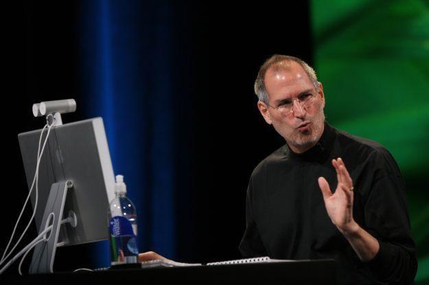 Steve Jobs wraca do zdrowia? Oby! /AFP