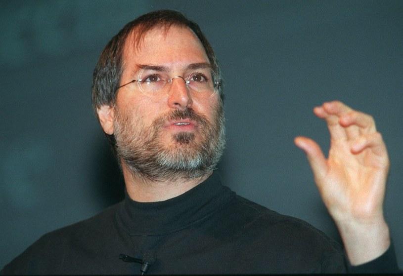 Steve Jobs, zdjęcie z 1998 roku - po triumfalnym powrocie do firmy, rozpoczyna nową erę Apple /AFP