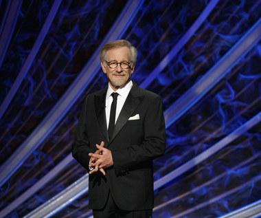 Steven Spielberg krytykował Netfliksa. Teraz podpisał z nim kontrakt