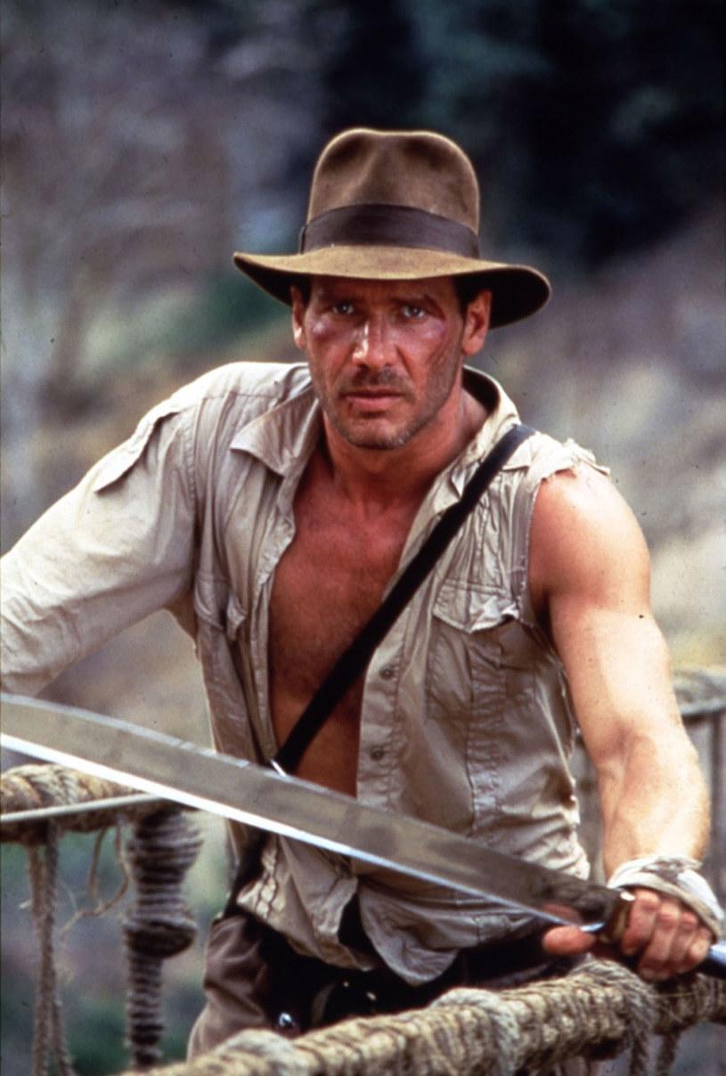Steven Spielberg powiedział, że on nie gra tej postaci. On po prostu JEST Indianą Jonesem! /East News