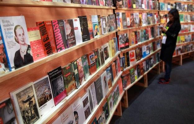 """""""Sto lat samotności skradziono podczas targów książki w Bogocie / MAURICIO DUENAS CASTANEDA    /PAP/EPA"""