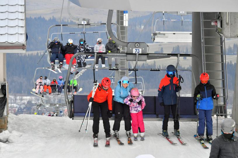 Stoki czekają na narciarzy, jest problem z pracownikami. /Paweł Murzyn  /East News