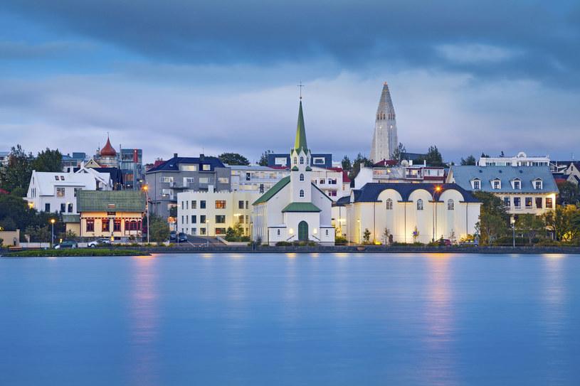 Stolica Islandii, kraju cudów natury, które grają w filmach /123RF/PICSEL