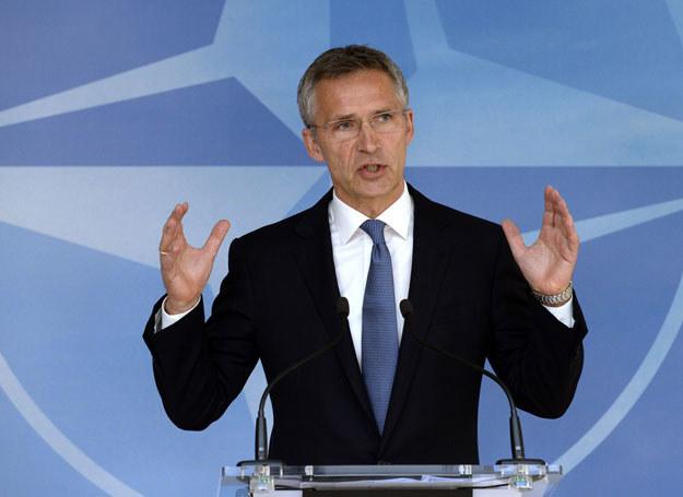 """Stoltenberg podkreślił, że jeśli porozumienie zostanie """"w całości wdrożone, wówczas wzmocni międzynarodowe bezpieczeństwo"""". /THIERRY CHARLIER /East News"""