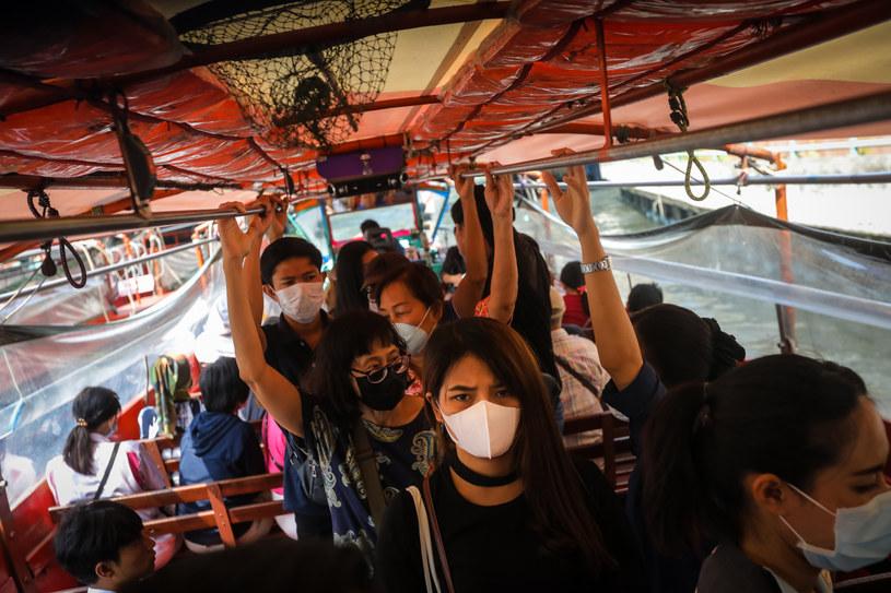 Strach przed koronawirusem krzyżuje plany organizatorom wielu imprez /AFP