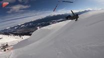 Stracił narty podczas skoku. Bolesny upadek narciarza. Wideo