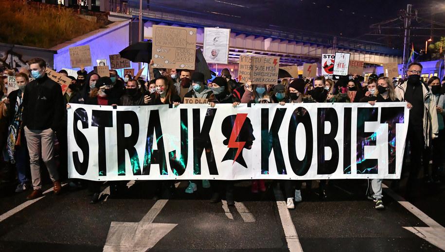 Strajk Kobiet we Wrocławiu / Maciej Kulczyński    /PAP