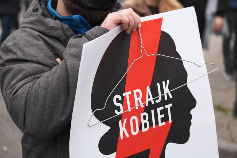 Strajk kobiet /PAP/Mateusz Marek /PAP