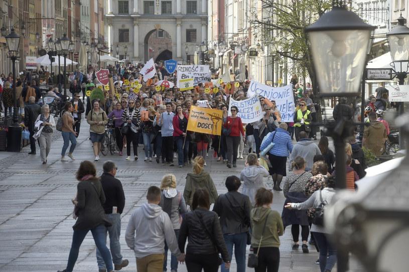 Strajk nauczycieli w 2019 r. /Maciej Kosycarz / KFP /Reporter
