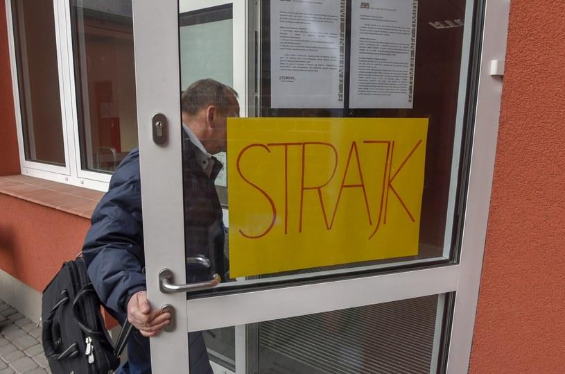 Strajk nauczycieli /Maciej Kosycarz/KFP /Reporter