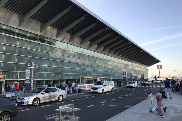 Strajk w PLL LOT. Pilot ma zapłacić 600 tys. za lot, który się nie odbył