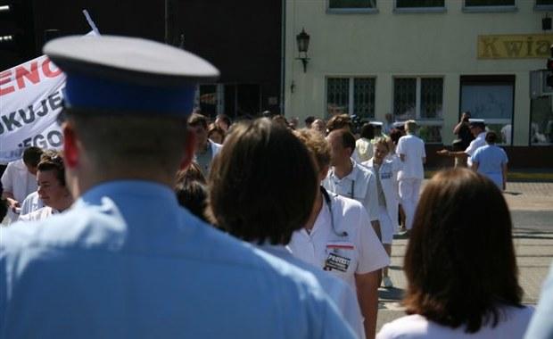 Strajki związane z wyborami? Ministerstwo Zdrowia o proteście pracowników medycznych