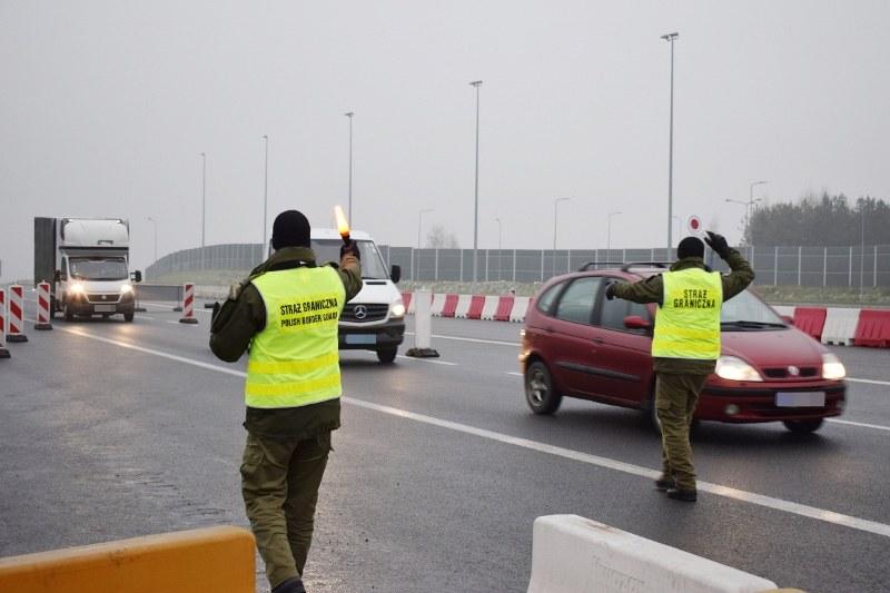 Straż graniczna skontrolowała 200 tys. osób /Straż Graniczna