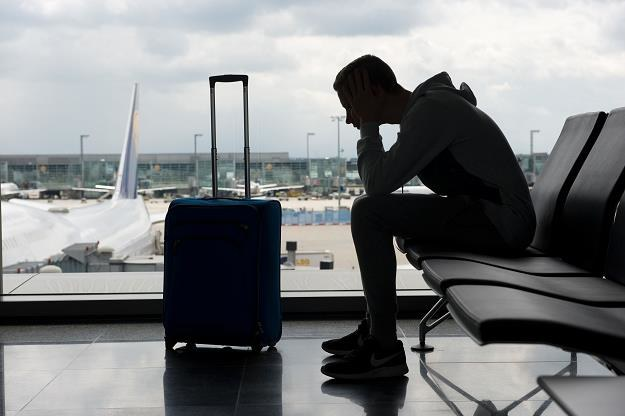 Straż Graniczna zapowiada zwiększenie obsady stanowisk do odprawy pasażerów /©123RF/PICSEL