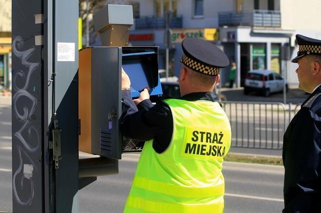 Straż miejska nie będzie się już zajmować fotoradarami / Fot: Witek Sroga /East News