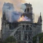 Strażacy, którzy gasili pożar Notre Dame, oskarżeni o zgwałcenie 20-latki