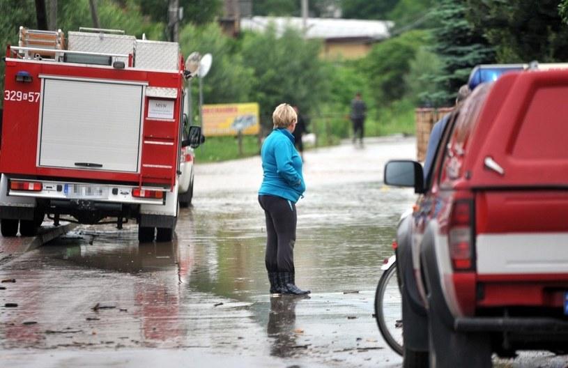 Strażacy musieli interweniować przy podtopieniach, zdjęcie ilustracyjne /Marek Lasyk  /Reporter