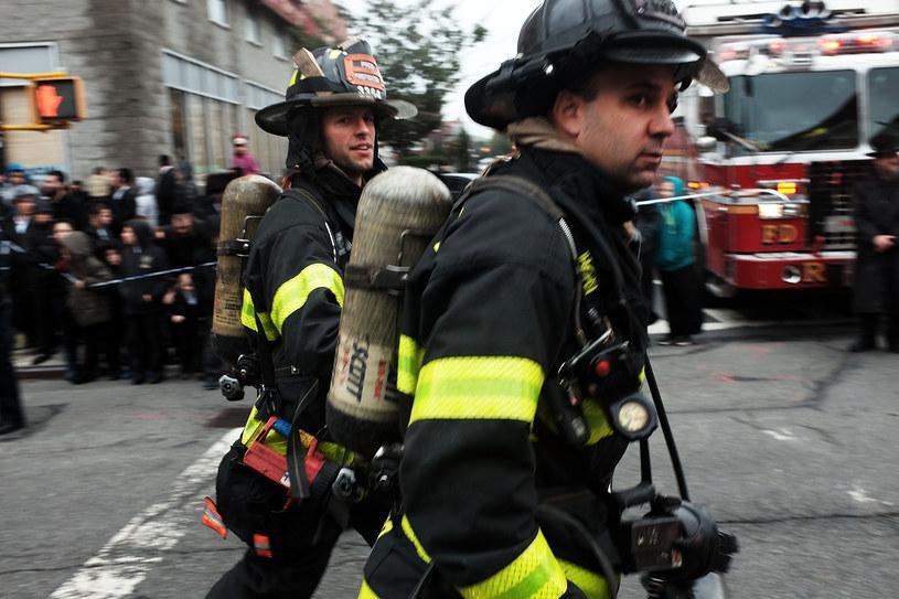 Strażacy na Brooklynie. . Fot. Spencer Platt /Getty Images