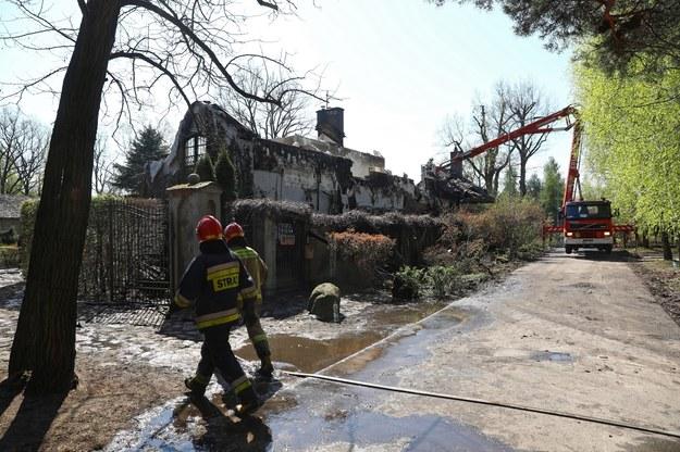 Strażacy na miejscu pożaru /Rafał Guz /PAP