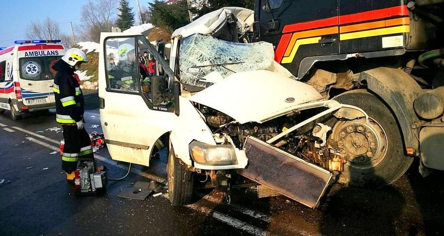 Strażacy na miejscu zdarzenia /KM PSP w Przemyślu /